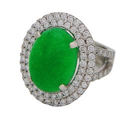 Oval Jade and diamonds Ring